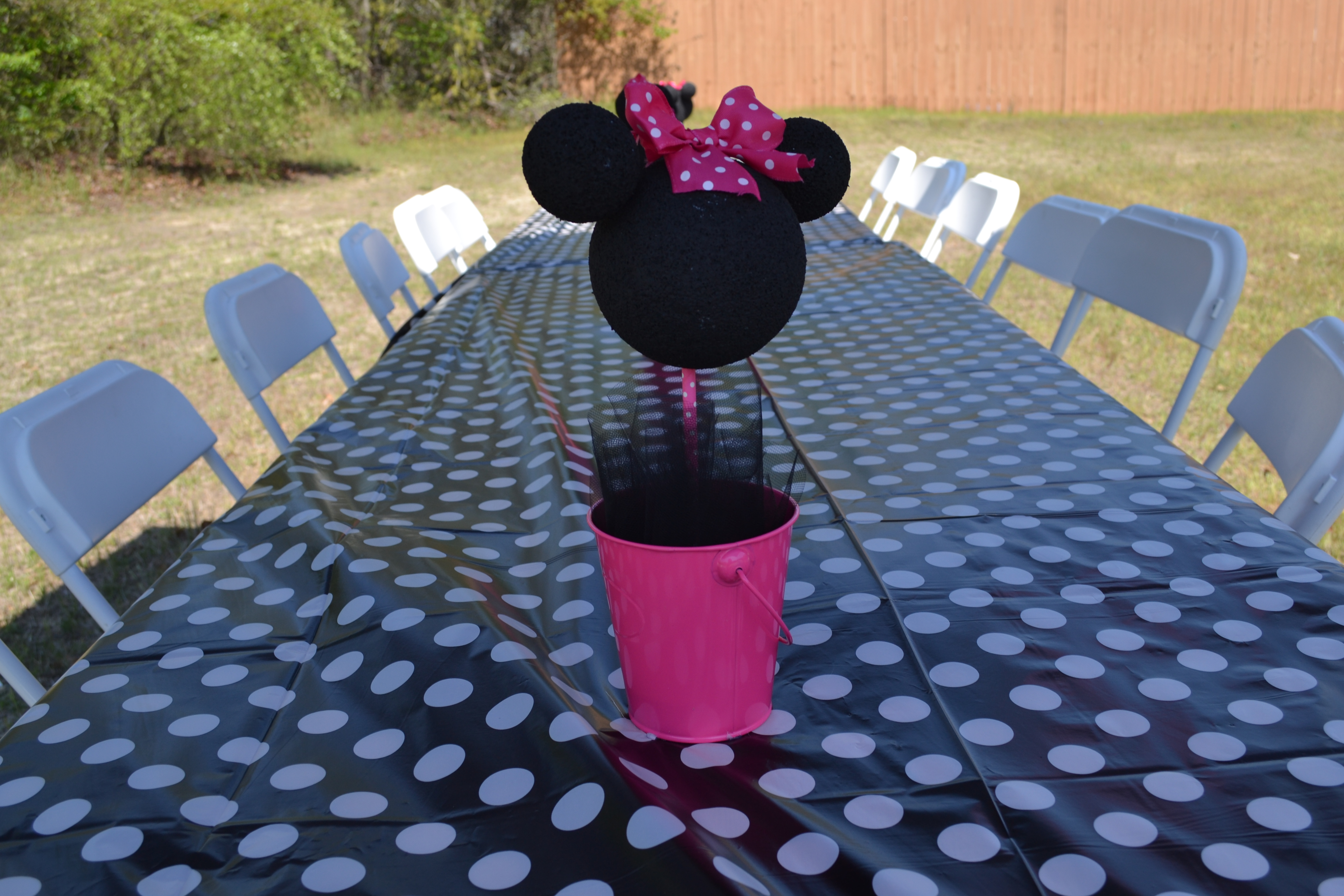 diy minnie mouse birthday party denisemaycreations