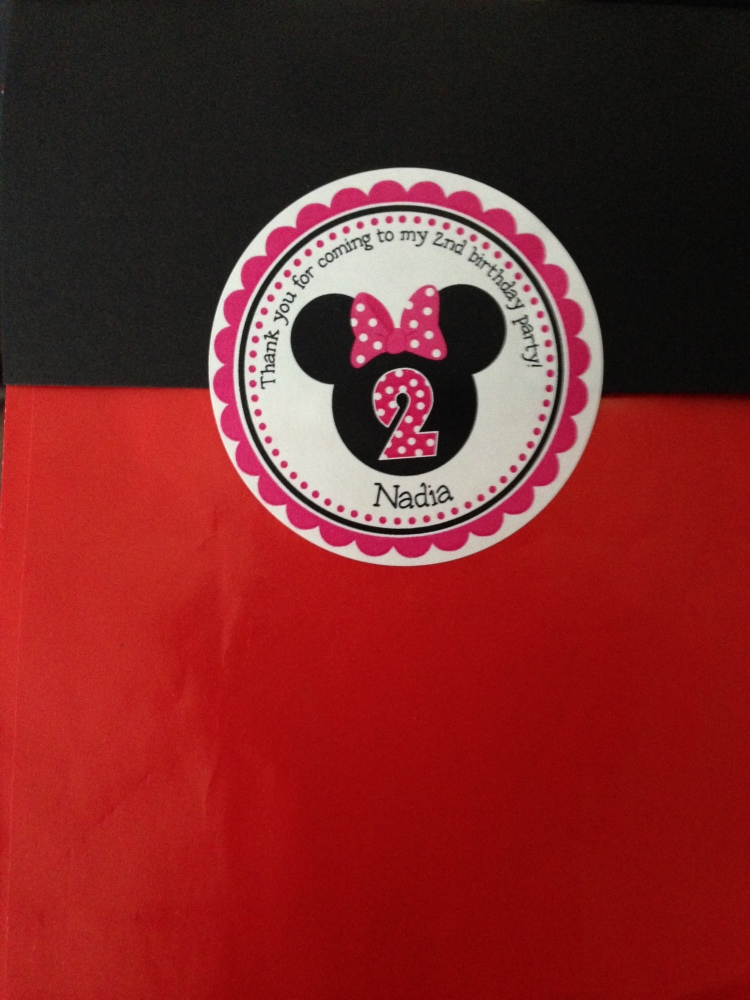 Minnie Mouse 2nd Birthday Party: DIY Recap (5/6)